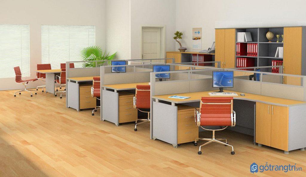 Nội thất văn phòng đẹp với tủ hồ sơ và bàn làm việc bằng gỗ MDF. (ảnh: internet)