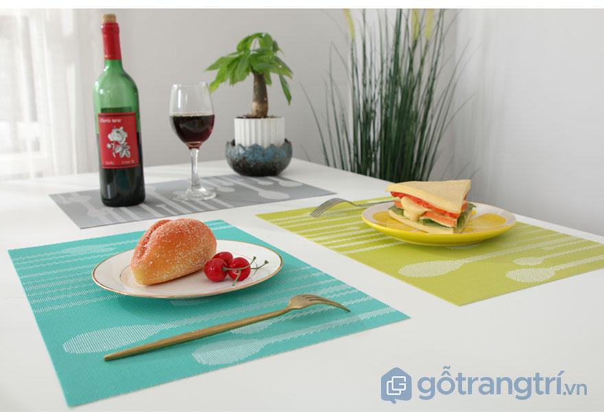 Tam-lot-chen-dia-trang-tri-ban-an-GHS-6500