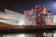 Kiến trúc tuyệt đẹp của bảo tàng Guggenheim Bilbao ở Tây Ban Nha