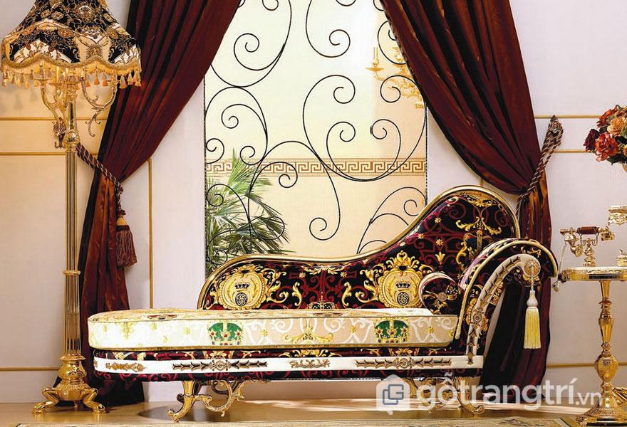 Chất liệu crôm mạ vàng tăng sự xa hoa cho ngôi nhà với thiết kế Art Deco (Ảnh: Internet)