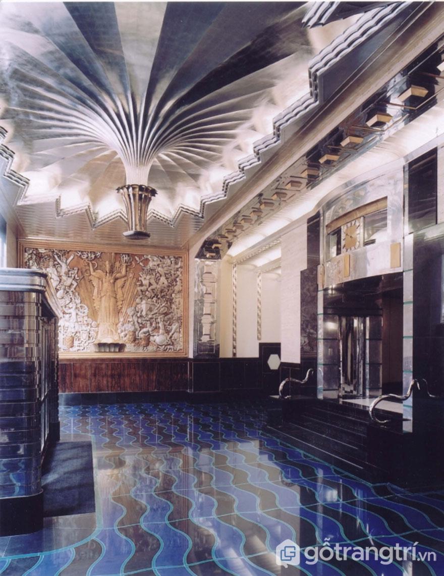 Sảnh đón lộng lớn với thiết kế Art Deco (Ảnh: Internet)