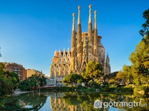 Nhà thờ Sagrada Familia với kiến trúc vô cùng tuyệt đẹp - Ảnh internet