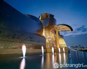 Bảo tàng Guggenheim rực sáng trong đêm - Ảnh internet