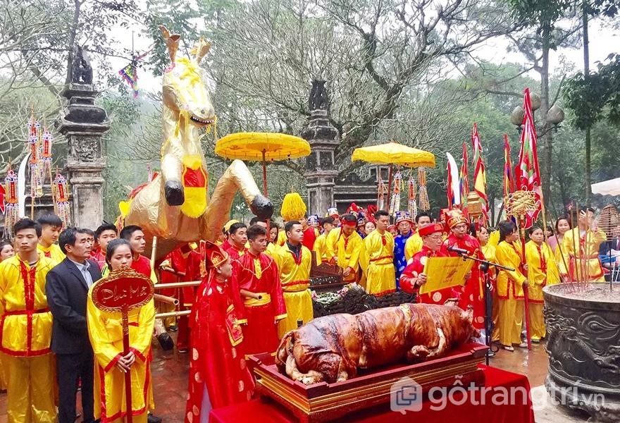Di sản văn hóa phi vật thể: Những nghi lễ trong Hội Gióng (ảnh internet)
