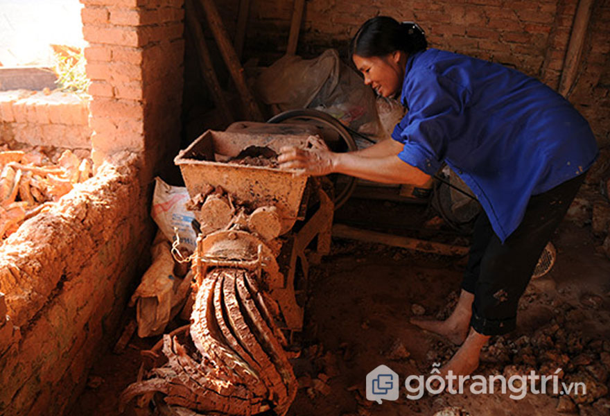 Đất sét lấy từ Cung Kiêm - Bắc Giang - Ảnh: Internet