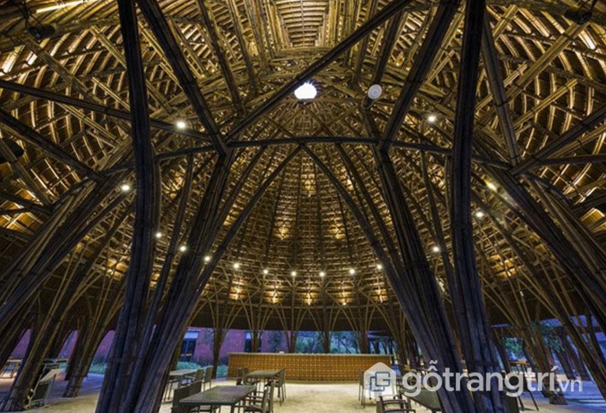 Vật liệu làm nhà hàng vòm chủ yếu bằng tre - Ảnh: Hiroyuki Oki