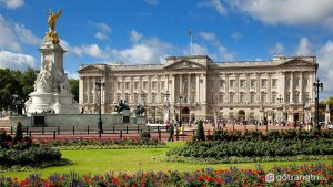 Kiến trúc nổi bật của Cung điện Buckingham - Ảnh Internet
