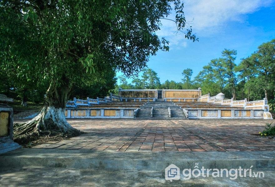 Thiên Thọ Lăng chính là lăng mộ của Nguyễn Thế Tổ Gia Long hoàng đế (1762-1820) - Ảnh: Internet