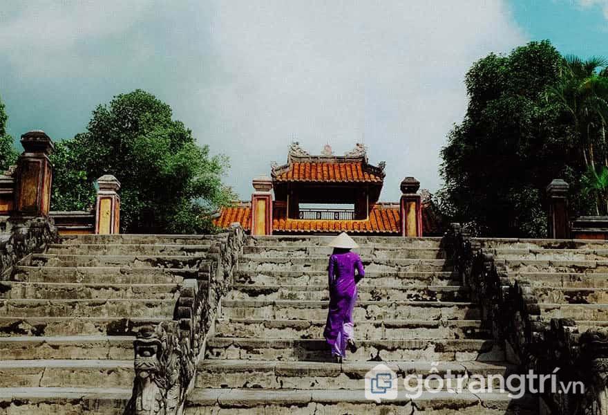 Quá trình xây lăng diễn ra 6 năm liên tiếp 1814-1820 - Ảnh: Nguyễn Thị Mai Trang