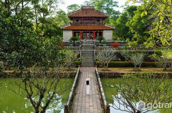 Say đắm trước vẻ đẹp kiến trúc của lăng Minh Mạng tại cố đô Huế