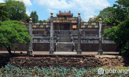 Lăng Thiệu Trị - Nét đẹp kiến trúc riêng tạo nên sự độc nhất vô nhị