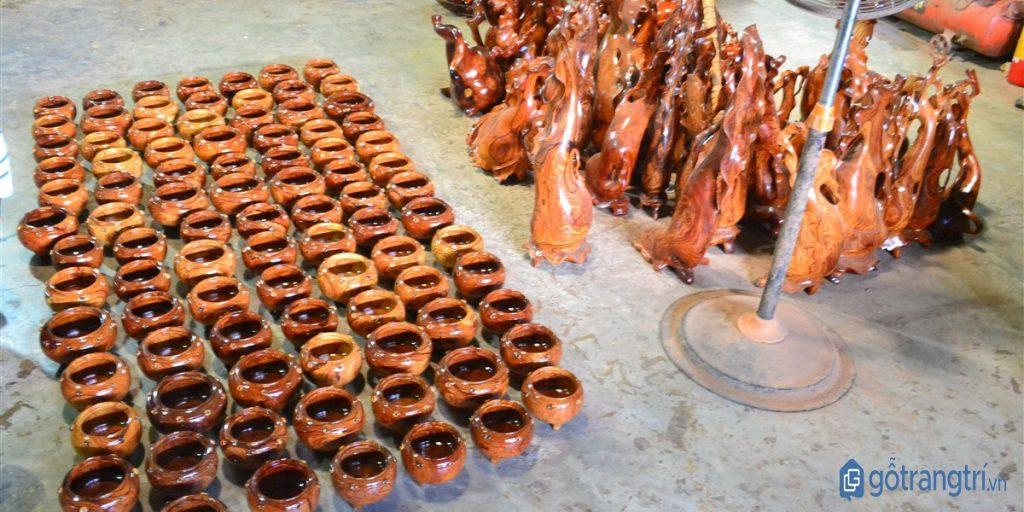 Đồ gỗ mỹ nghệ của làng nghề tiện gỗ Nhạn Tháp nổi tiếng đẹp và tinh xảo. (ảnh: internet)