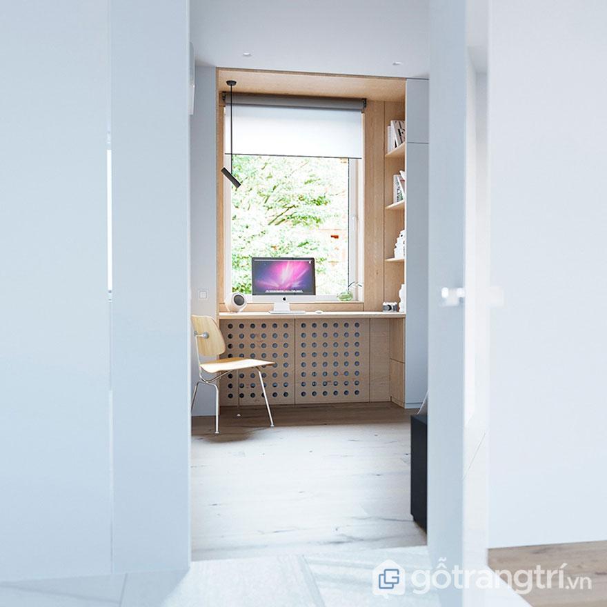 Phòng làm việc được thiết kế gần cửa sổ để đưa ánh sáng thiên nhiên vào phòng (Ảnh: Internet)