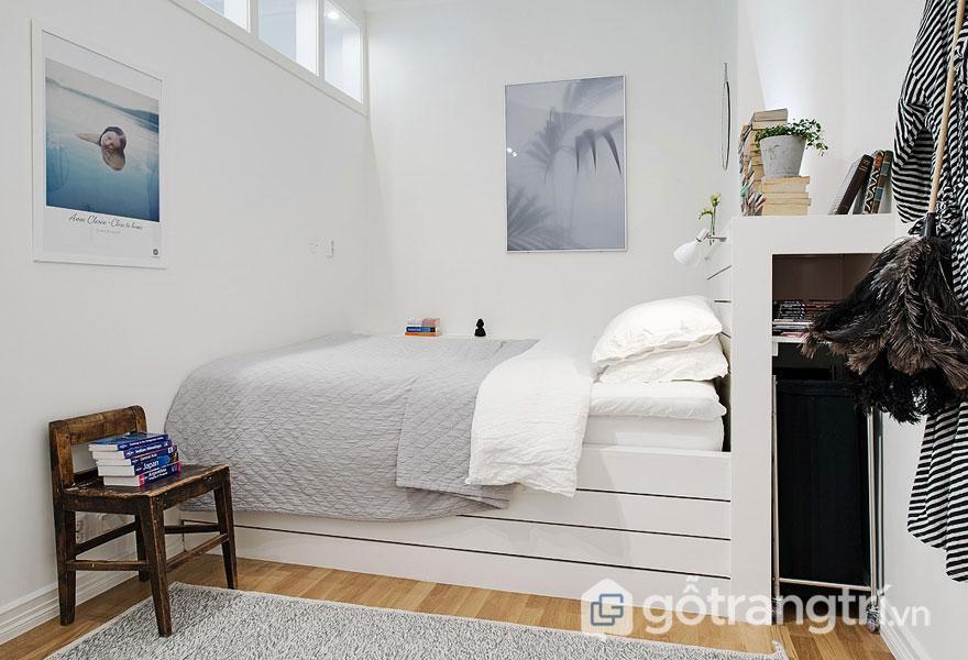 Phòng ngủ theo phong cách scanadinavian với đồ nội thất hài hòa (Ảnh: Internet)