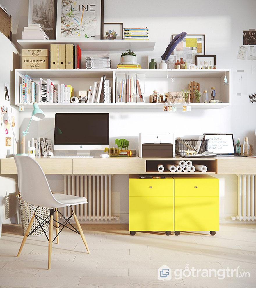 Sự tiện nghi với bàn làm việc nổi bật nên bởi sắc vàng tươi (Ảnh: Internet)