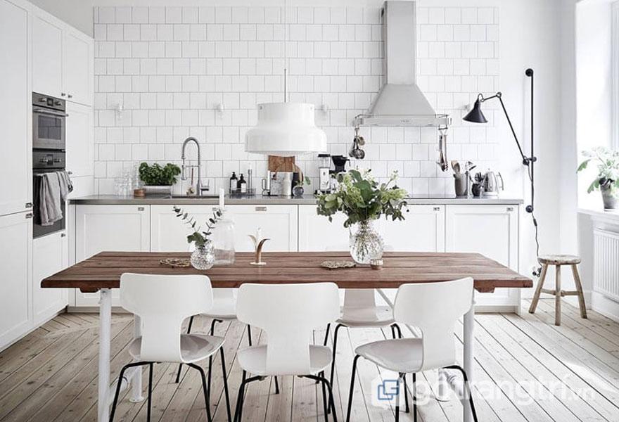 Căn bếp khang trăng nhờ sắc trắng tinh khôi (Ảnh: Internet)