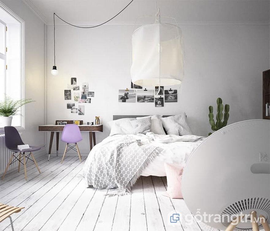 Phòng ngủ cũng được tôn lên bởi sắc trắng tinh khôi với ánh sáng chan hòa thiên nhiên theo đúng tinh thần củaphong cách scandinavian style (Ảnh: Internet)