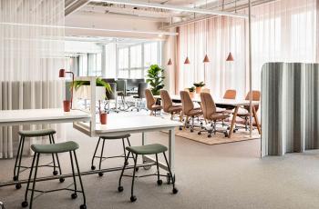 Chuyên gia tư vấn từ A đến Z thiết kế nội thất văn phòng hiện đại