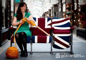 Đi đầu trong xu hướng trang trí không gian bằng len là Melanie Porter, một nhà thiết kế người Anh - Ảnh internet