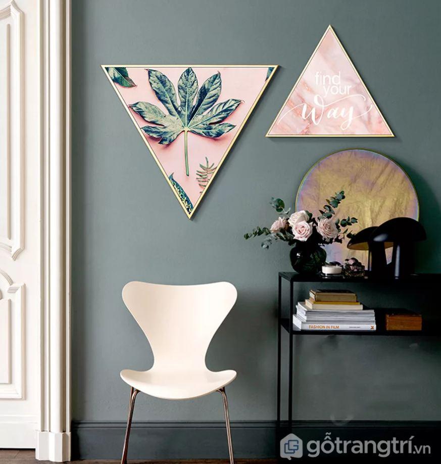 Phòng khách đẹp lạ với mẫu tranh trang trí hiện đại