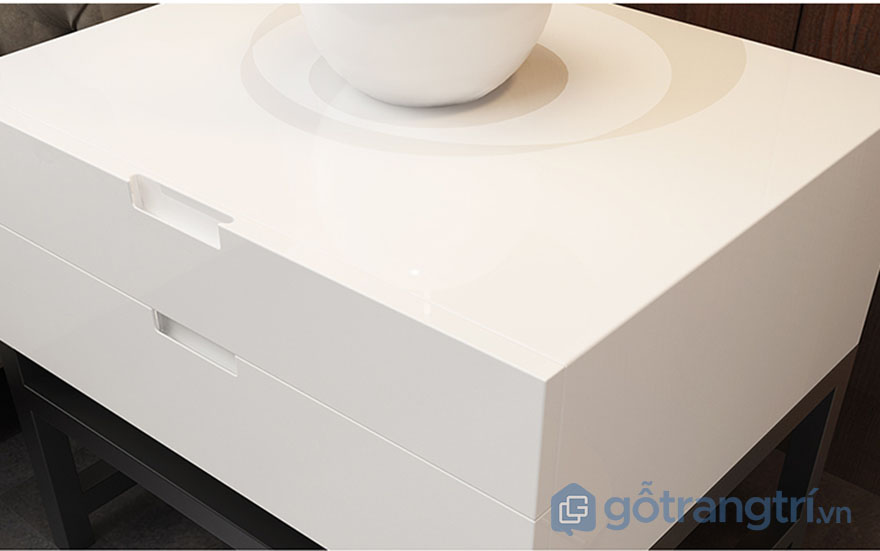 Tu-do-ca-nhan-nho-gon-sau-giuong-gia-re-GHS-5631