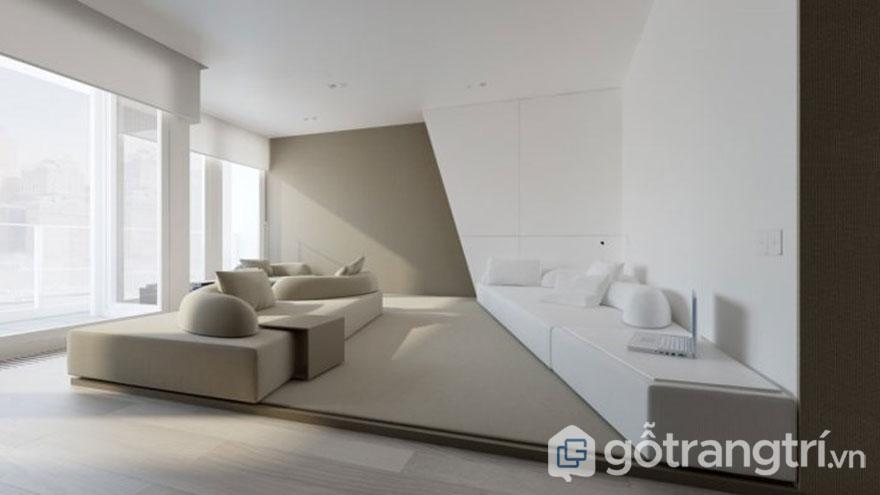 Trong căn phòng này được trang trí nội thất vô cùng tối giản. Khi 1 bên sử dụng nội thất màu trắng và bên thì dùng màu mushroom (màu nấm). Đa số những món đồ nội thất hình hộp hay sử dụng những chiếc gối tựa có hình dáng dấu phẩy đã làm nổi bật được ý đồ sử dụng màu sắc này (Ảnh: Internet)