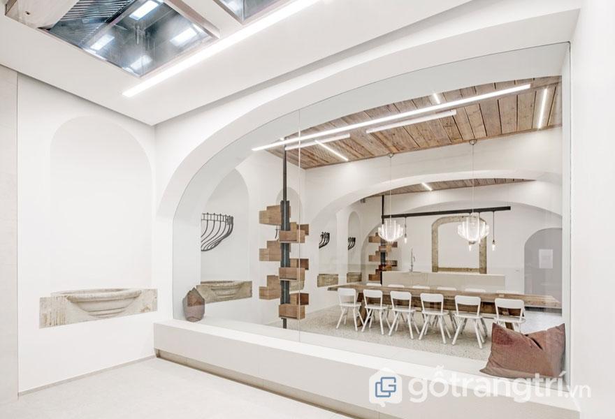 Sàn thô, sàn đá hoặc có hoạ tiết là đặc trưng của phong cách thiết kế công nghiệp (Ảnh: Internet)