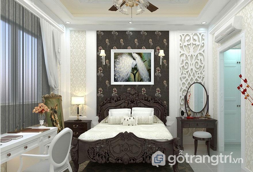 Nét cổ điển của giường ngủ được hòa trộn khéo léo với nét hiện đại của vách ngăn, hay rèm cửa tạo sự sang trọng, quý tộc (Ảnh: Internet)