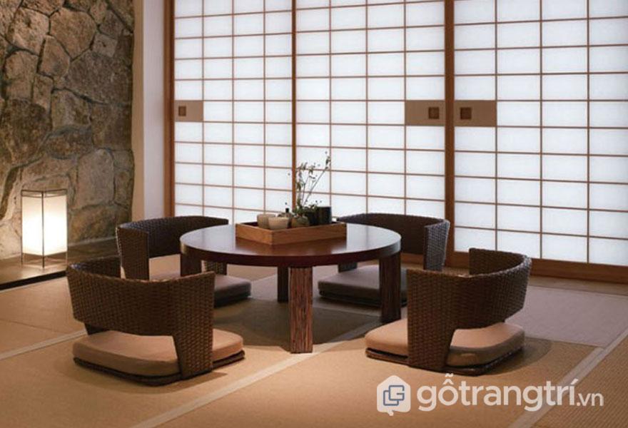 Bộ bàn ghế gỗ ngồi bệt khá ấn tượng (Ảnh: Internet)