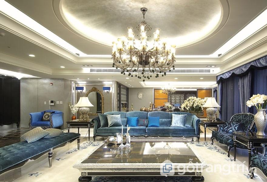 Sắc xanh, sắc vàng kết hợp với ánh sáng đã tôn lên giá trị của những món nội thất tân cổ điển (Ảnh: Internet)