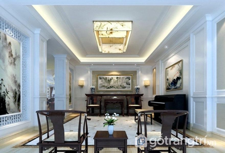 Trong căn phòng này, nội thất tân cổ điển được thể hiện khá nhẹ nhàng bằng những mặt phẳng của trần nhà, tường, hay đường cong nhẹ (Ảnh: Internet)
