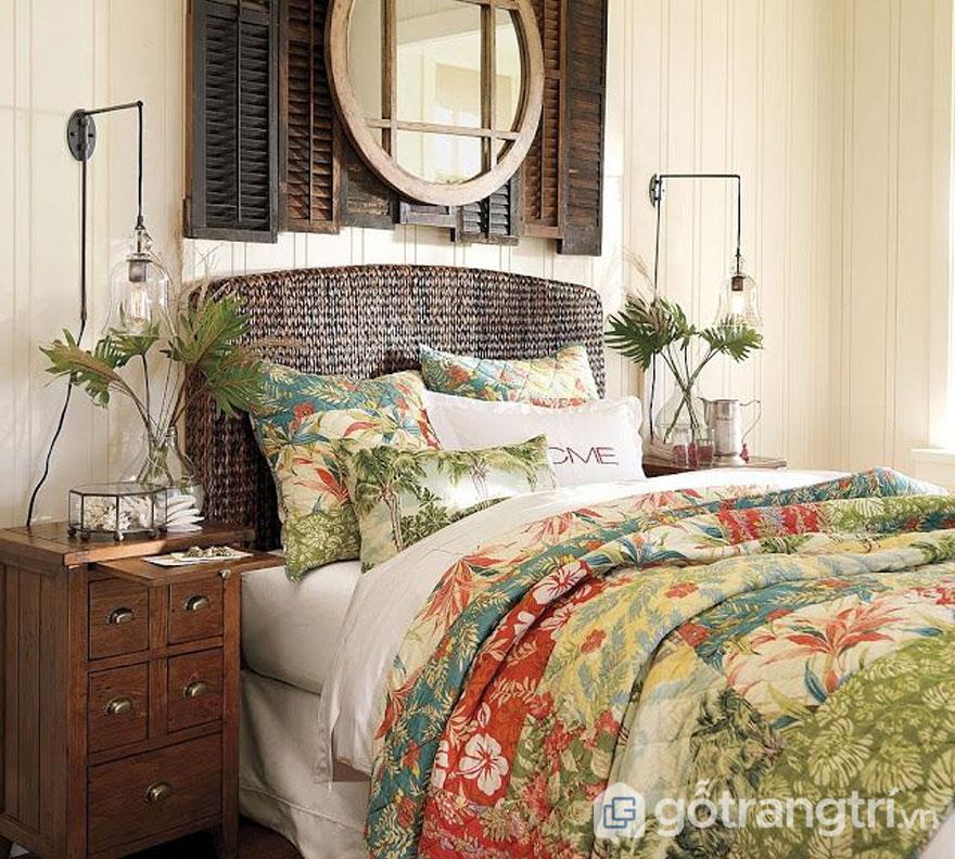Phòng ngủ được bài trí sinh động với họa tiết bắt mắt (Ảnh: Internet)