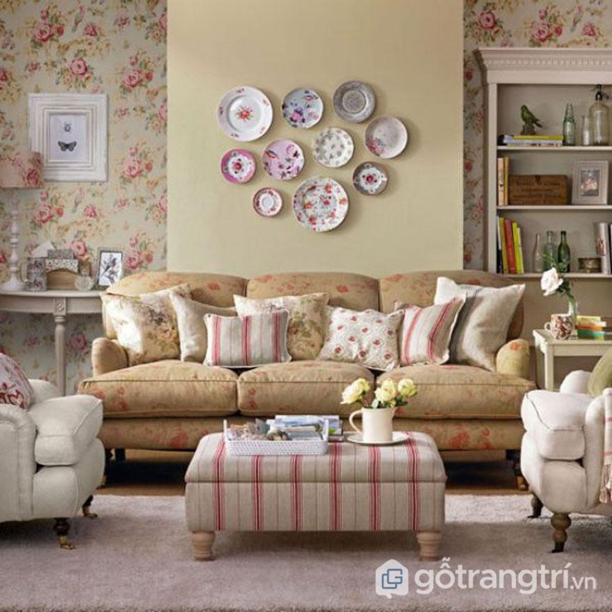 Chi tiết Vintage đến từ tấm thảm trải sàn và gối tựa sofa (Ảnh: Internet)