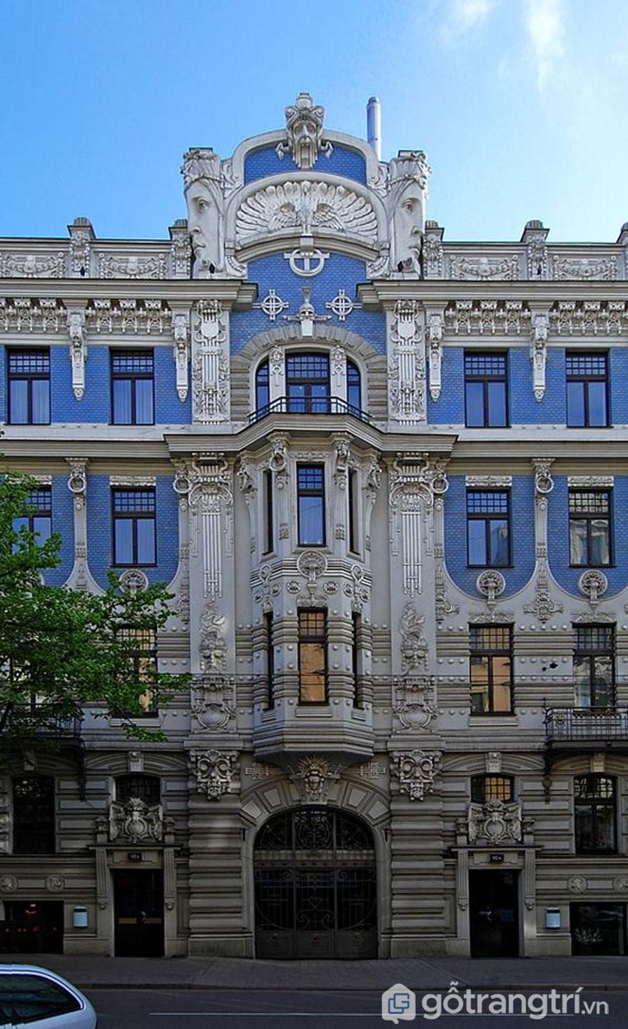 Tòa nhà được thiết kế theo phong cách art nouveau (Ảnh: Internet)