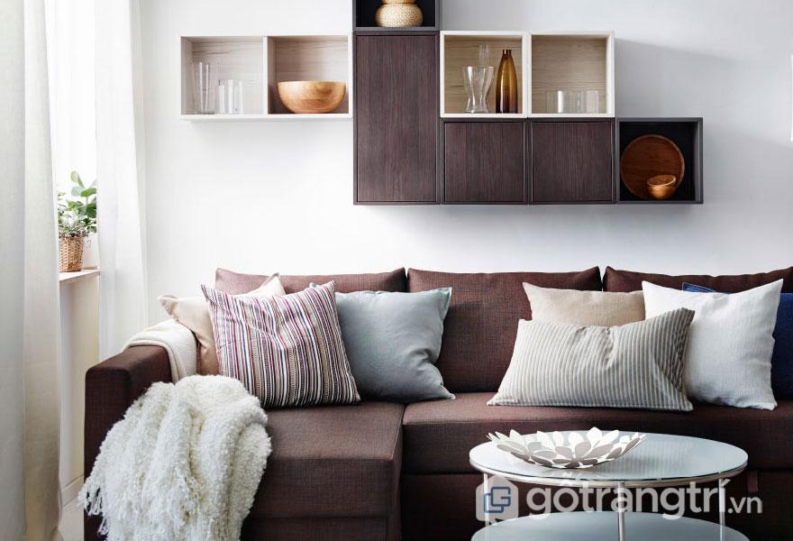 Phòng khách đương đại bố trí nội thất khá gọn nhẹ khi bức tường màu trắng làm nền tôn lên món nội thất (Ảnh: Internet)