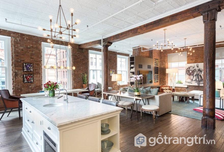 Căn bếp này nổi bật với bức tường gạch thô trần trụi (Ảnh: Internet)