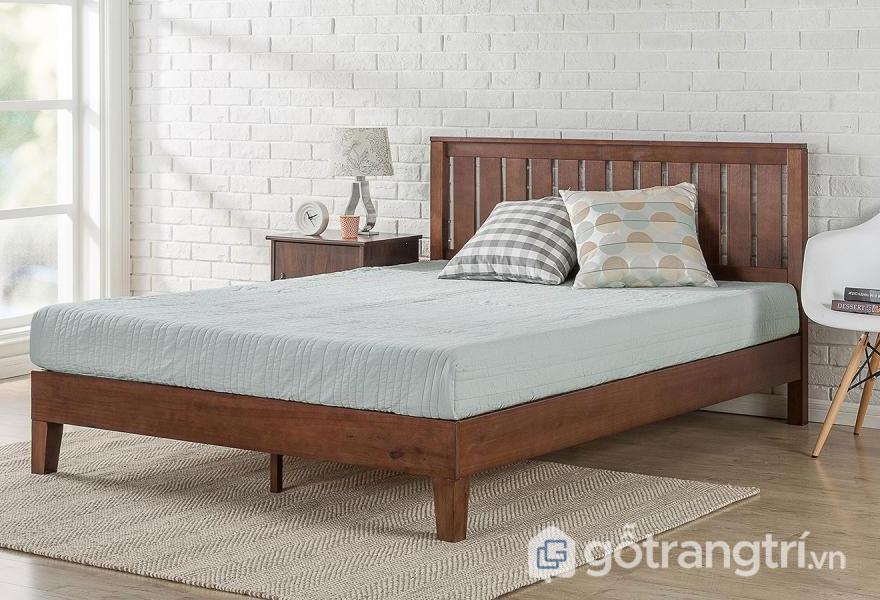 Phong cách nội thất Rustic được thể hiện qua chiếc giường ngủ bằng gỗ tự nhiên ấm áp, thô mộc (Ảnh: Internet)