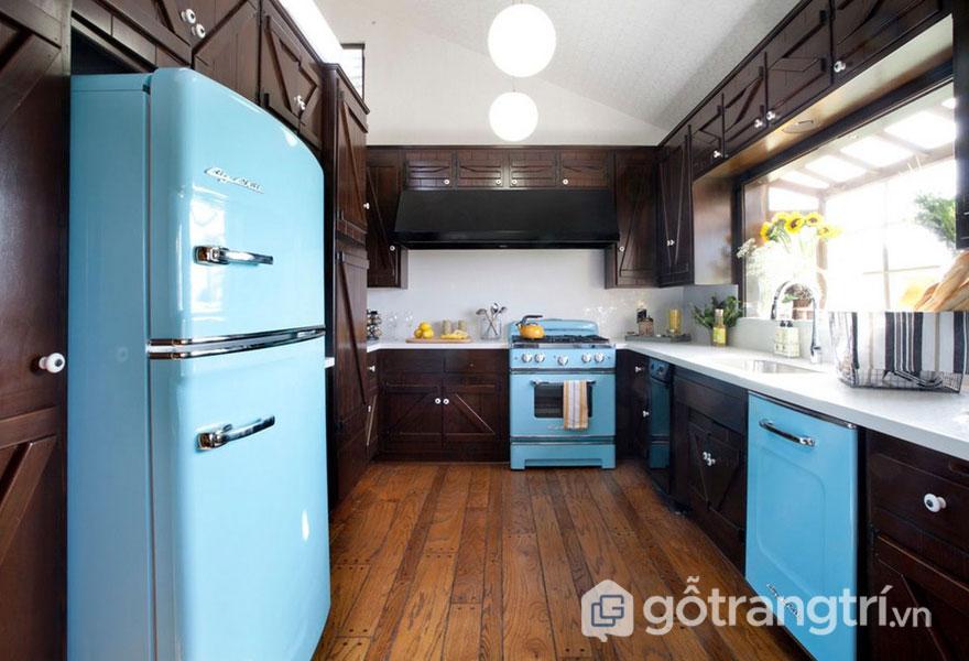 Sắc trầm và sắc nổi chính là điểm đặc trưng của phong cách retro style cho gian bếp này (Ảnh: Internet)