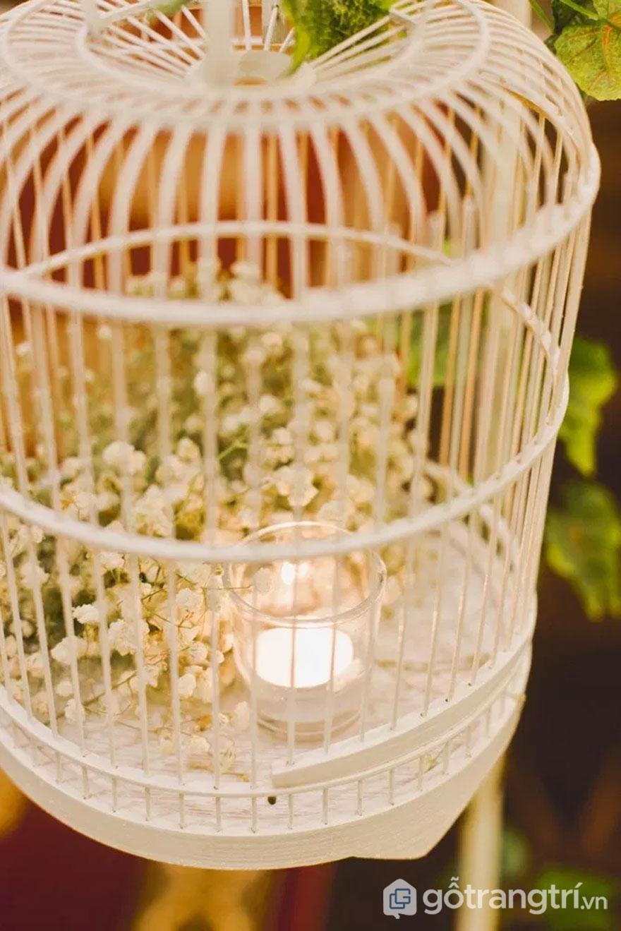 Lồng chim mang thiên nhiên vào trong tiệc cưới (Ảnh: Internet)