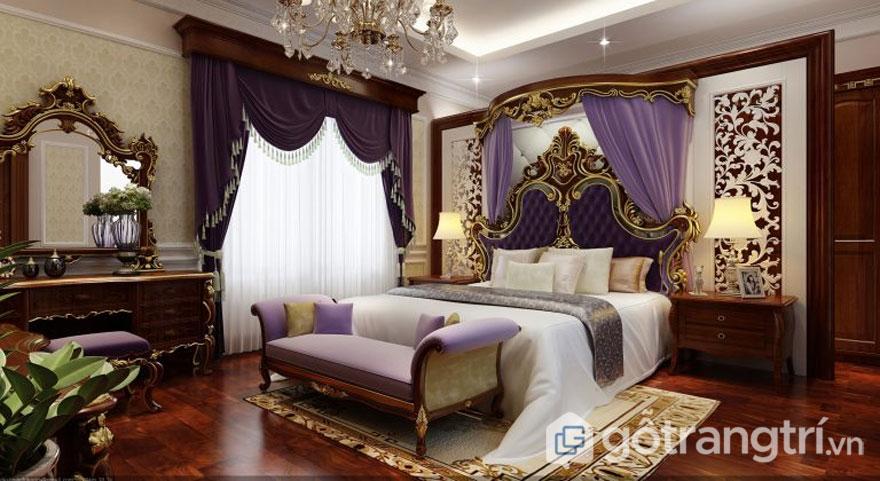 Giường ngủ được dát vàng theo phong cách của hoàng gia (Ảnh; Internet)
