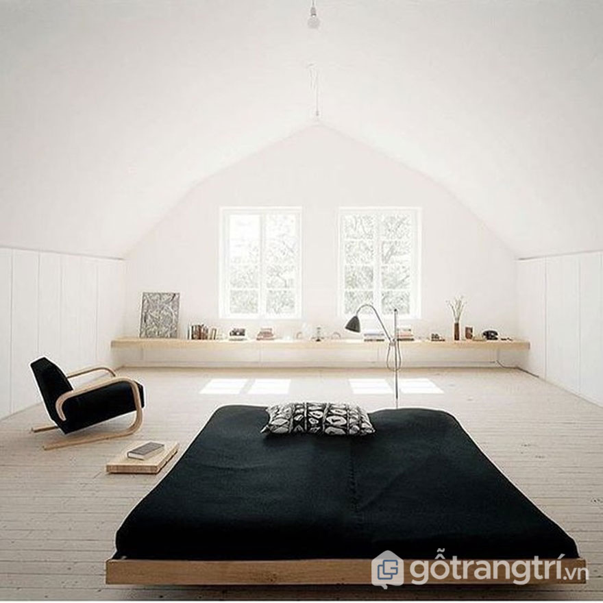Căn phòng ngủ rất ít đồ nội thất (Ảnh: Internet)