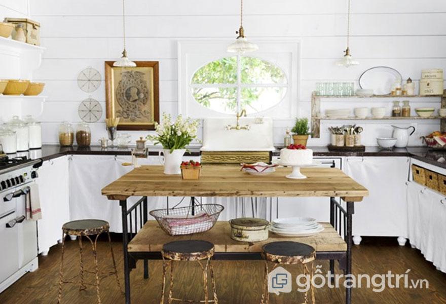 Sử dụng sắc trắng tinh khôi đã làm nổi bật lên căn bếp với những đồ nội thất (Ảnh: Internet)