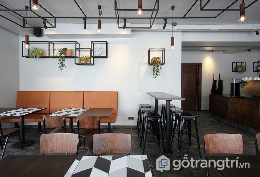 Quán cafe phong cách thiết kế công nghiệp đơn giản, nhưng hiện đại (Ảnh: Internet)