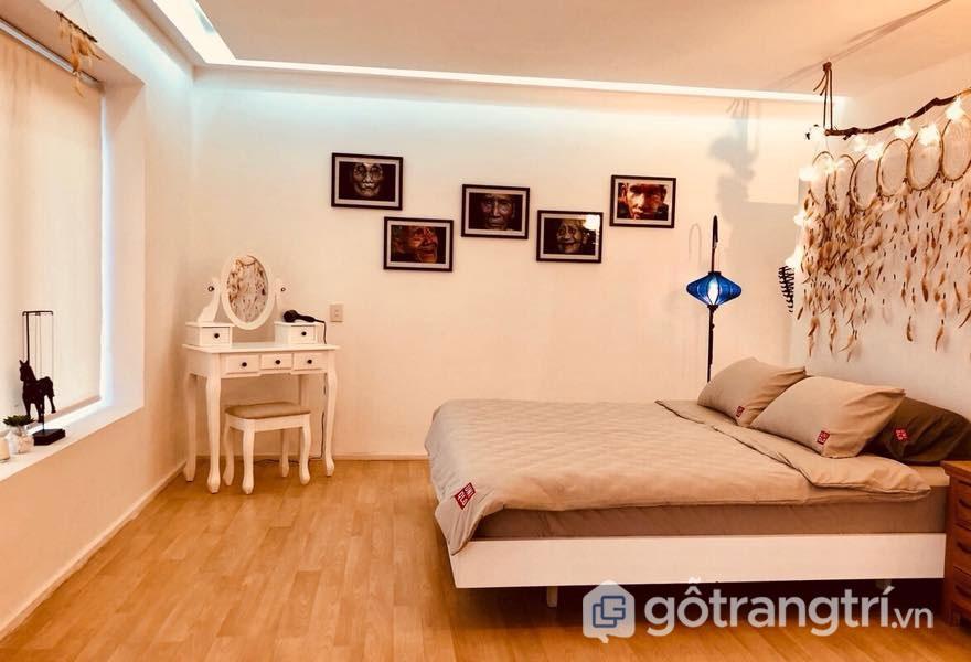Phòng ngủ thiết kế khá đơn giản, nhưng cuốn hút (Ảnh: Internet)