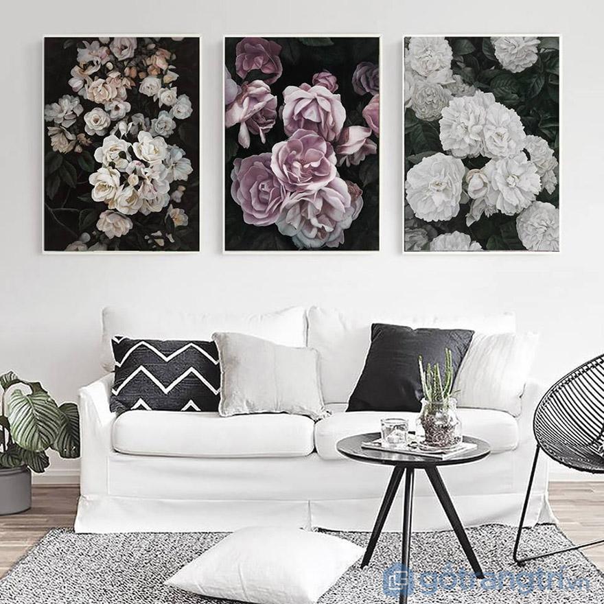 Chọn tranh vải Canvas hoa để tạo sự lãng mạn, ấm cúng cho không gian sống.