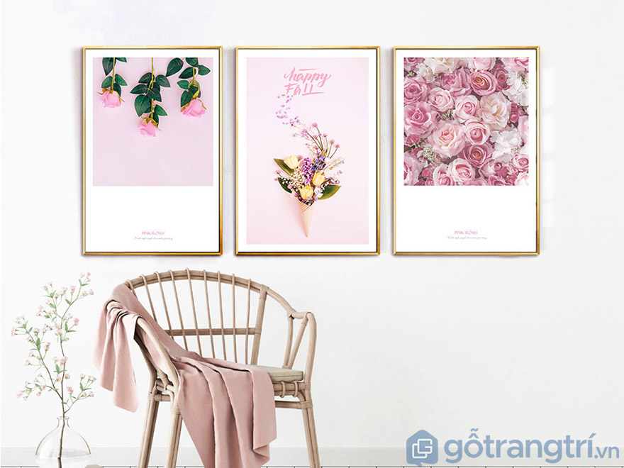 Tranh Canvas hoa có thể kết hợp thêm chữ để tạo nên góc nhỏ đầy lãng mạn của bạn.