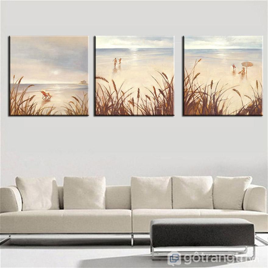 Chọn tranh Canvas nghệ thuật nhất định phải phù hợp với nội thất không gian.