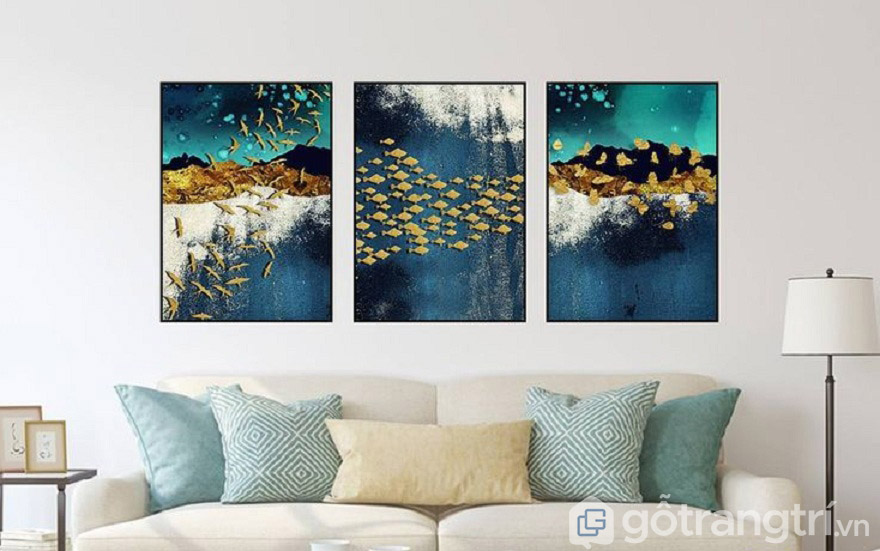 Chọn tranh Canvas có gam màu đậm hơn để tạo điểm nhấn giữa nội thất và sơn tường