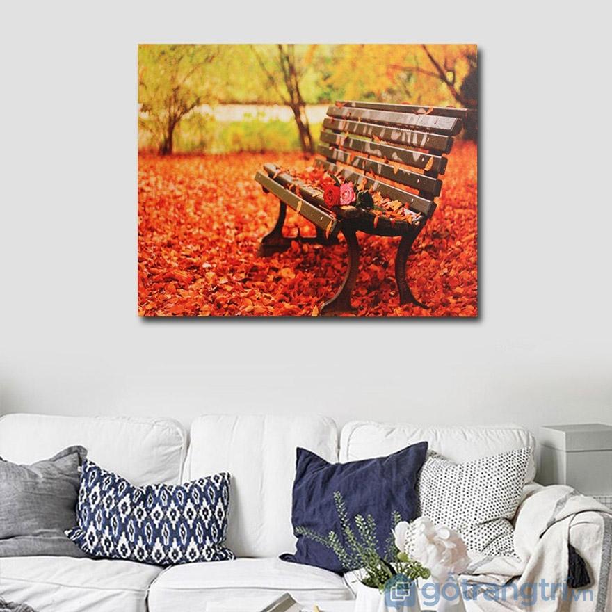 Tranh nghệ thuật đẹp cũng có sự góp phần của màu sắc tươi sáng.