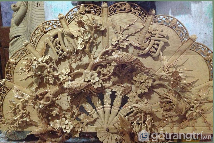 Tranh gỗ nghệ thuật là những mẫu tranh có họa tiết rất tinh xảo và đẹp mắt.